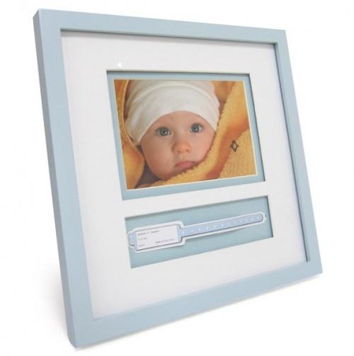 Great gift idea for a new arrival! Hospital Bracelet Frame. #baby #gifts: Babies, Bracelets, Crafts Photos Frames, Baby Photo, Hospital Bracelet, Hospitals, Bracelet Frame