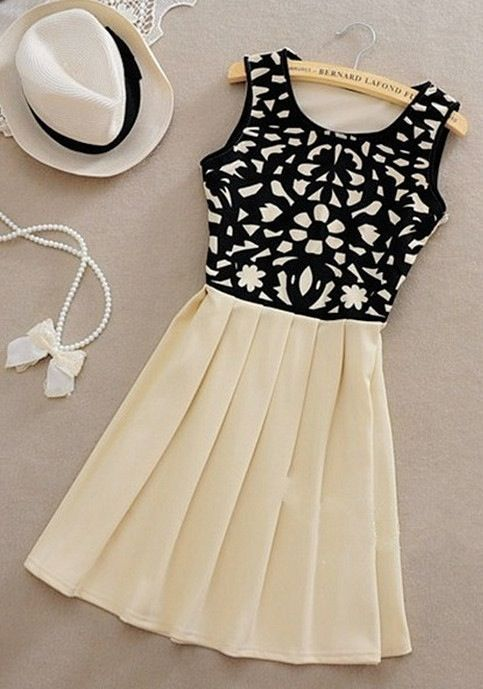 I like the contrast between the top of the dress and the bottom. This is something I would wear on a Sunday at the park.