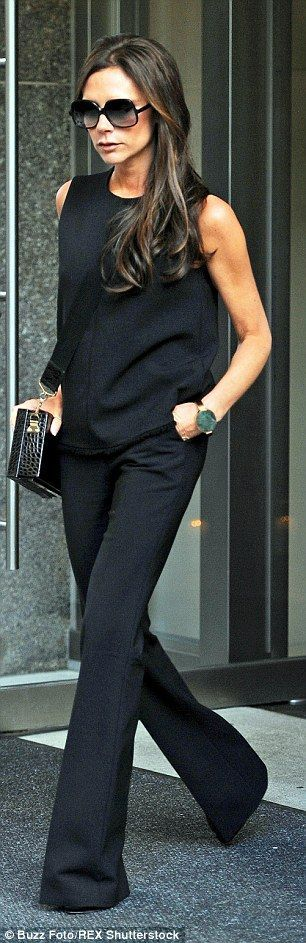 Victoria Beckham wows in an elegant black dress as she accepts award #ootd #nailart - http://urbanangelza.com/2015/11/25/victoria-beckham-wows-in-an-elegant-black-dress-as-she-accepts-award-ootd-nailart/?Urban+Angels http://www.urbanangelza.com