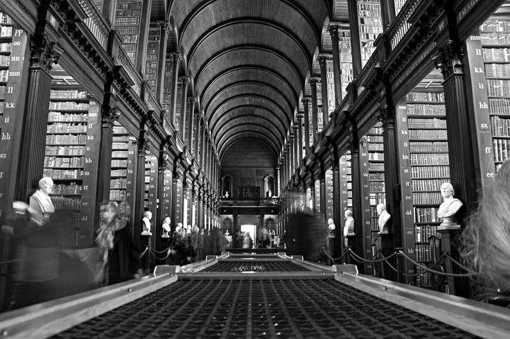 #BookofKells #Dublinlibrary #Aquest
