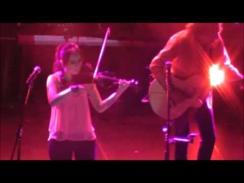 Θα `ρθω να σε βρω-Βασίλης Παπακωνσταντίνου-Θέατρο Πέτρας 24/06/2015 - YouTube