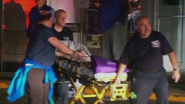 NY hospital staff carry sick babies down 9 flights of stairs during evacuation-my heroes!