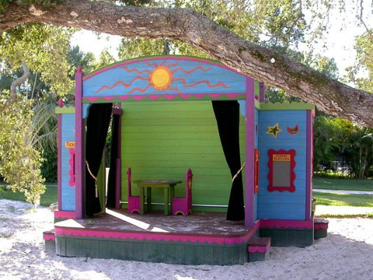Barbara Butler-Public Use-Outdoor Sunshine Theater