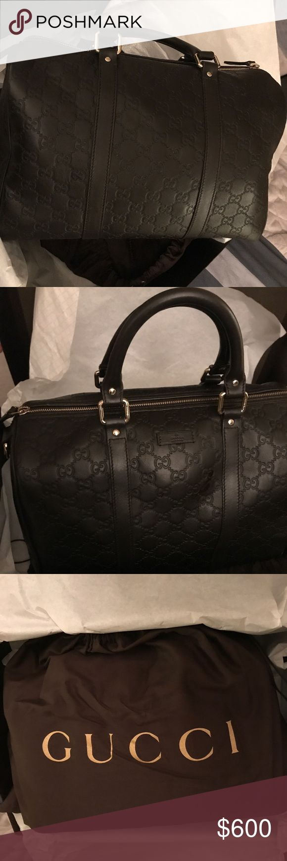 Gucci purse Gucci purse lightly used. Does have a scratch at the bottom. Has original Gucci shopping bag, also has dust bag and box it came in. Gucci Bags Totes