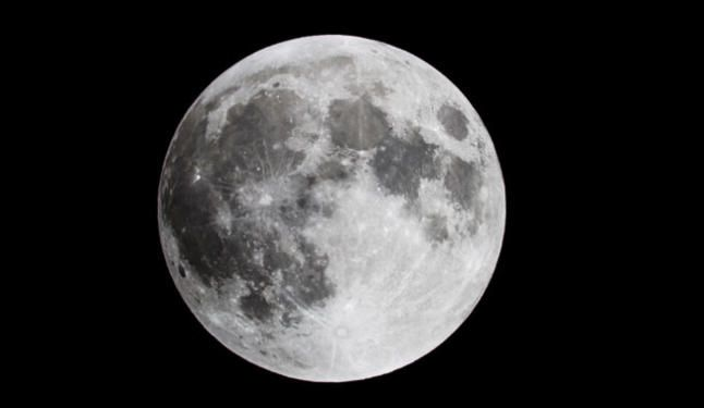 Una ´Fría Luna Llena´ para celebrar el día de Navidad - La Opinión de Zamora