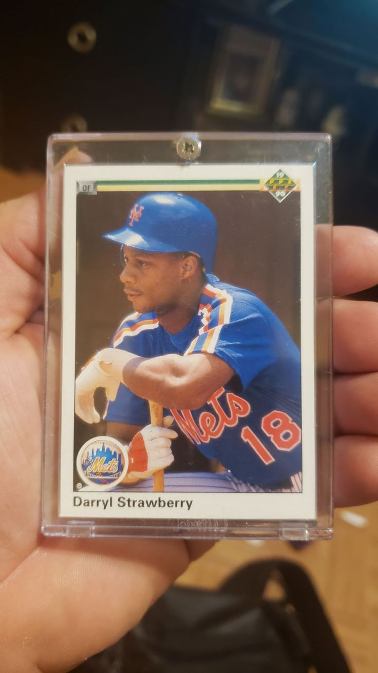 In perfect condition 1990 darryl strawberry upper deck
