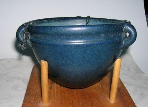 Marblehead-American-Art-Pottery-Hanging-Basket