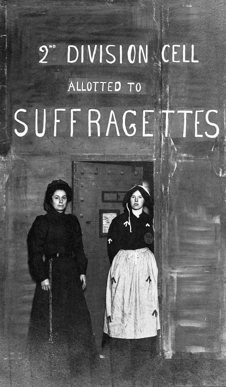 c. 1910 A prison officer with a suffragette prisoner. IMAGE: MUSEUM OF LONDON/HERITAGE IMAGES/GETTY IMAGES