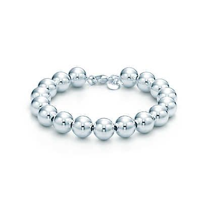 Bead bracelet in sterling silver. 7.5 inches length