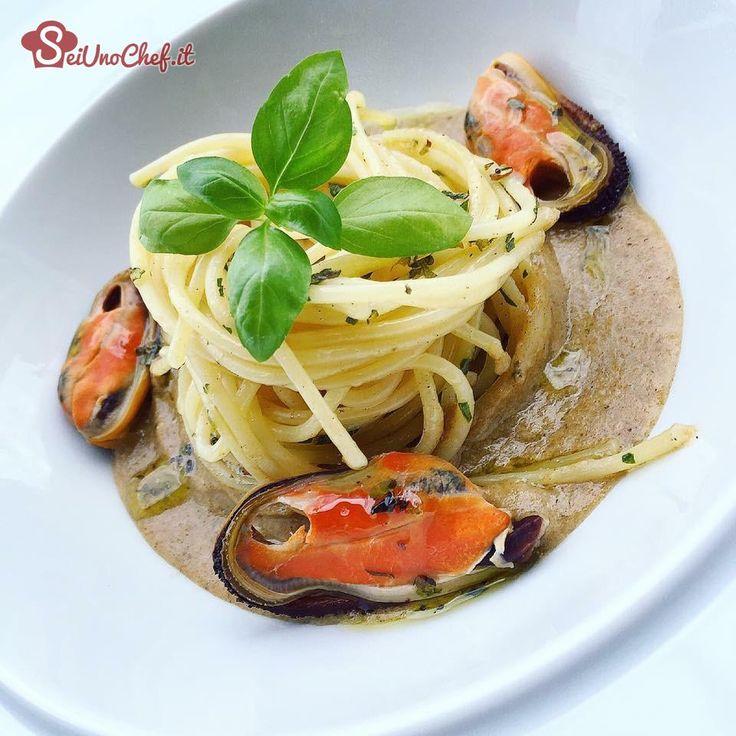 Spaghetti cozze aglio e olio