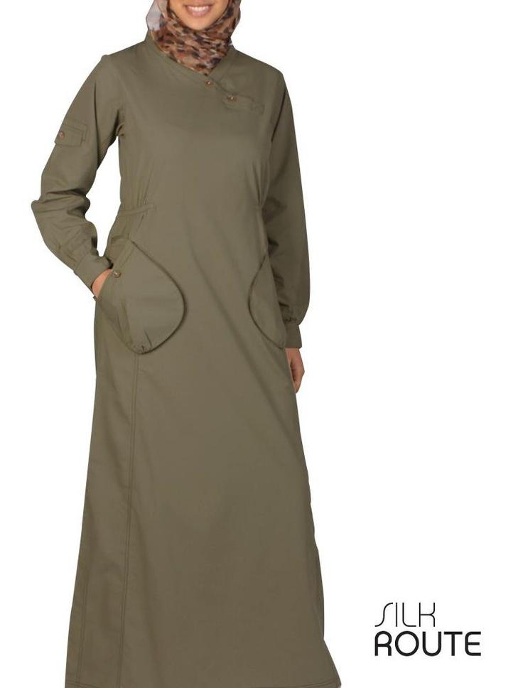 my kaki jelbab from Islamic design house ;)