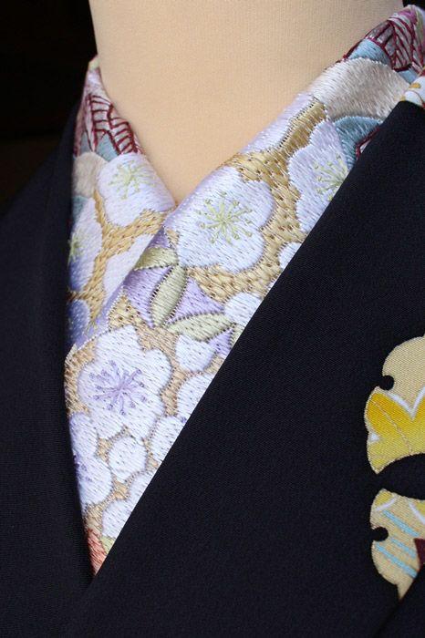 【楽天市場】半襟 刺繍半衿 正絹 手刺繍半衿 薄茶色/手毬文 振袖用 お洒落用/セミフォーマル 丹後ちりめん 刺繍(蘇州) ししゅう半衿:きもの 和<なごみ>
