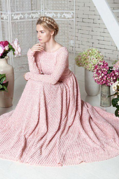 Concepteur de robe de Ioulia Prokhorova