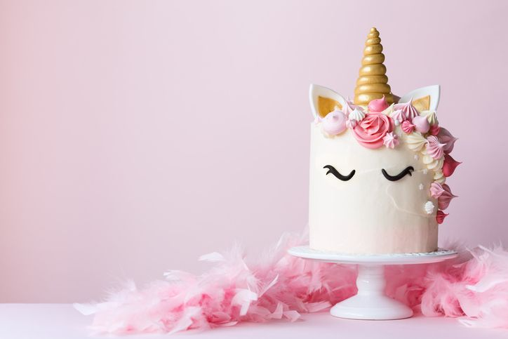 This Sams Club Unicorn Cake Feeds 66 People