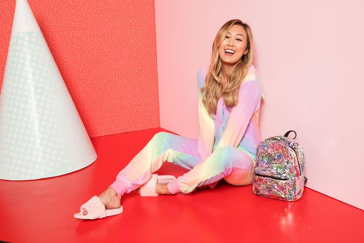 The Ardene team is TOO excited to announce our collaboration with LaurDIY! We've got behind the scenes content and much more coming at ya!
