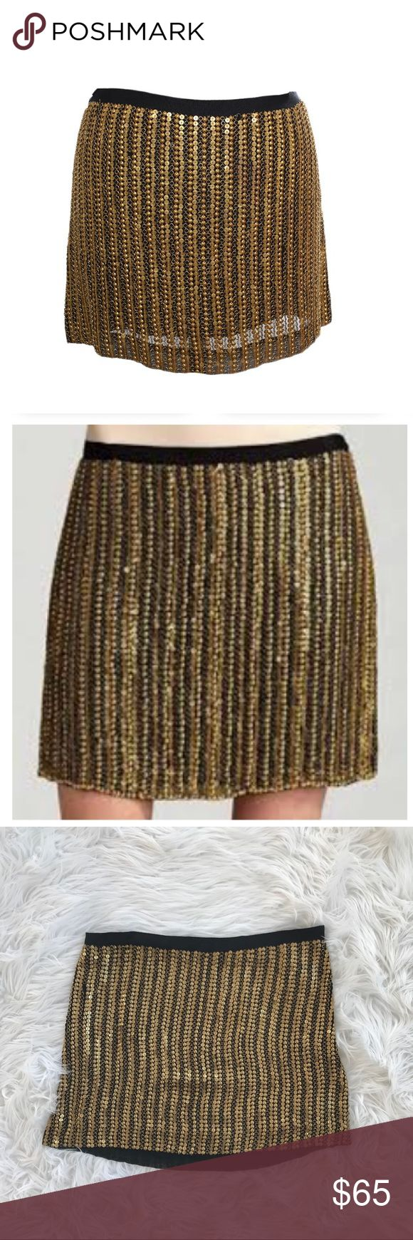 """• Theory • Calinda Silk & Copper Metal Mini Skirt - Theory - Calinda Cooper Metal Mini Skirt  - Silk & Brass - Gold and Black - Size 0 - Length 14"""" - A few missing (pictured) - Otherwise excellent Condition Theory Skirts Mini"""