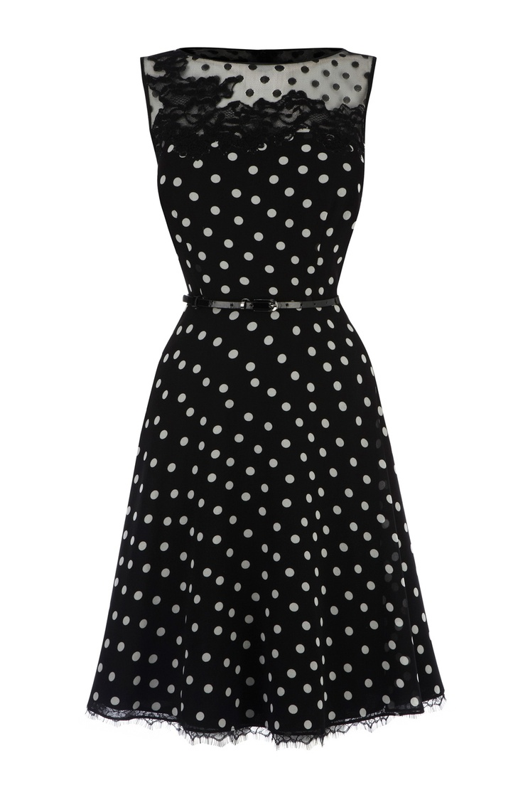 I'm usually not a big fan of polka dots, but for this I make an exception.