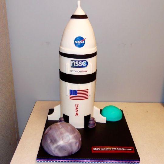NASA Spaceship cake