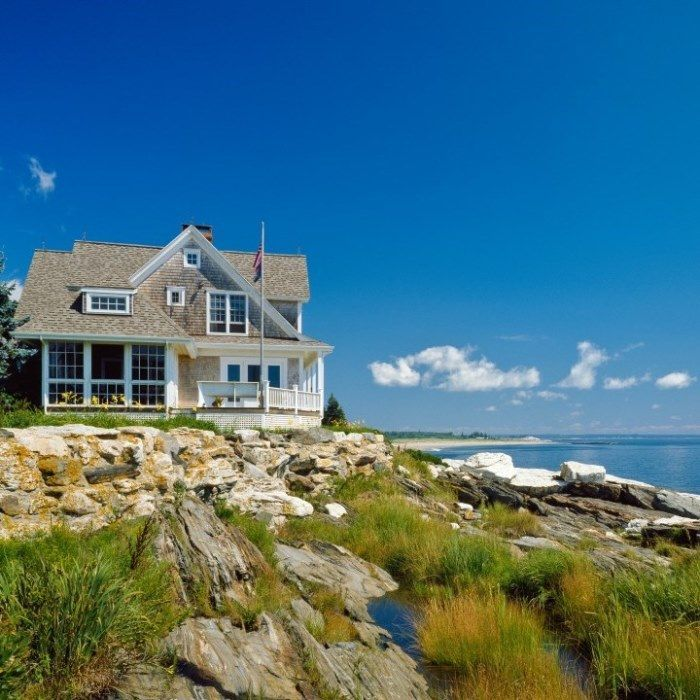 Tour A Maine Beach Cottage With A Wonderful Screened Porch