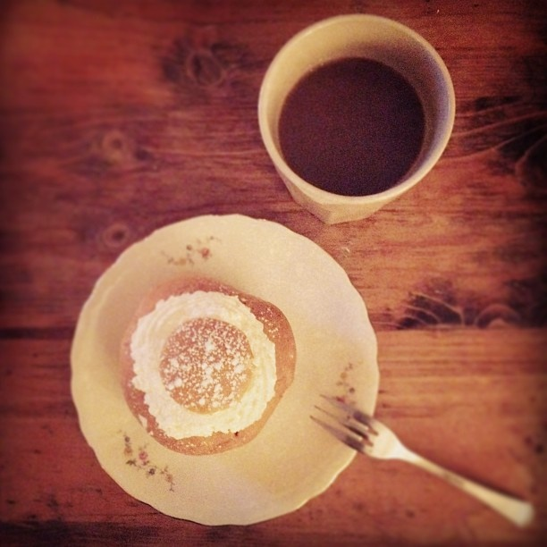 Fikadags med #Semla och #Kaffe. A WebrosePic | #Coffee and #swedish #pastry