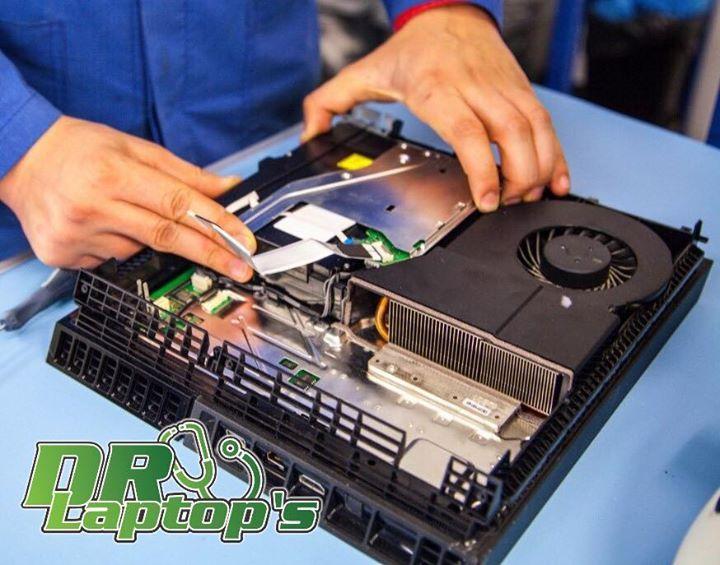 Servicio de reparacion consolas video juegos por manos de expertos certificados.  •Mantenimiento •Micro-electronica •Reballing (fallas de luces rojas) •Fallas de encendido. #reballing #ps3 #ps4 #xbox #xbox360 Estamos ubicados en la ave. Italia#3 , Sector honduras, Santo Domingo, DN.   Mas información al whatsapp 809-274-6356 #electronics #mobiles #mobilesaccessories #laptops #computers #games #cameras #tablets   #3Dprinters #videogames  #smartelectronics  #officeelectronics