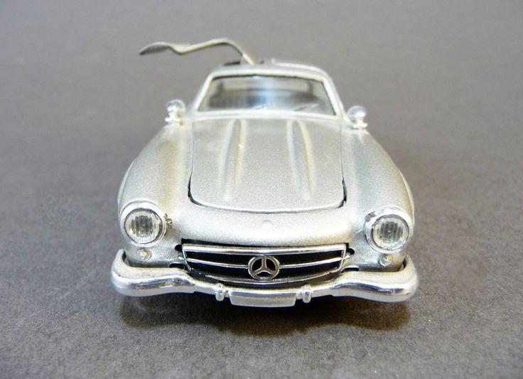 Voiture miniature Mercedes 300sl, modèle réduit Solido 1/43ème, fabriqué en France, Ailes Papillon, Voiture de course Jouet Collection de la boutique sofrenchvintage sur Etsy