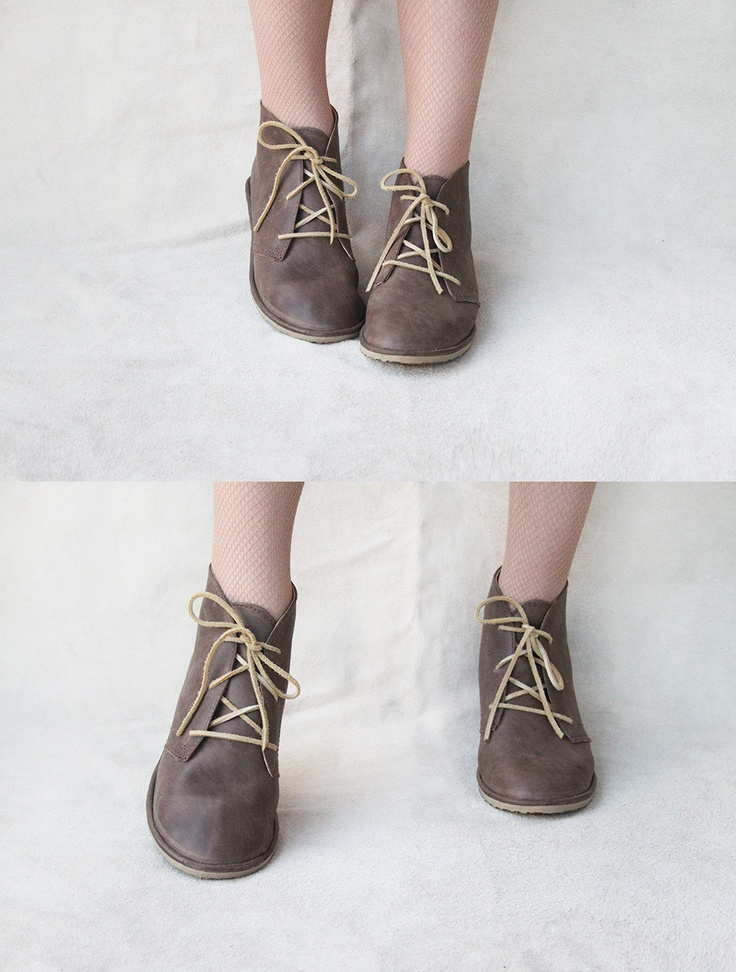 I WANT THESE - Leona in Brown - Handmade Leather flat lace-up ankle boots