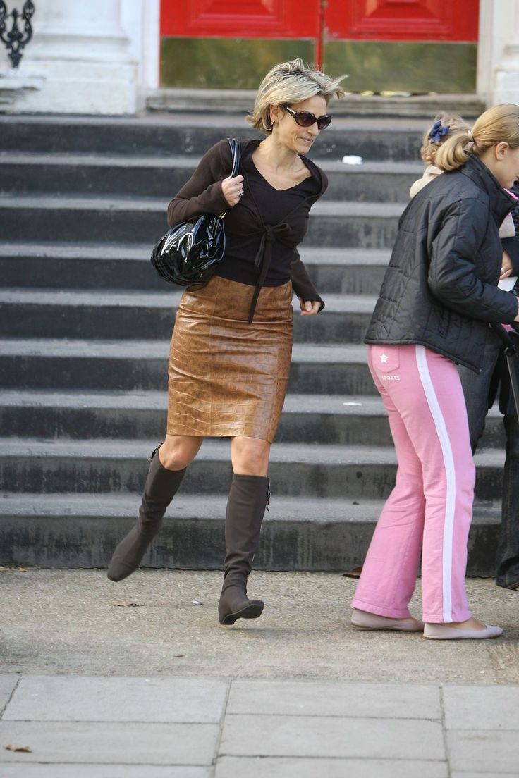 emily maitlis running in leather skirt boots W131094065077345 17