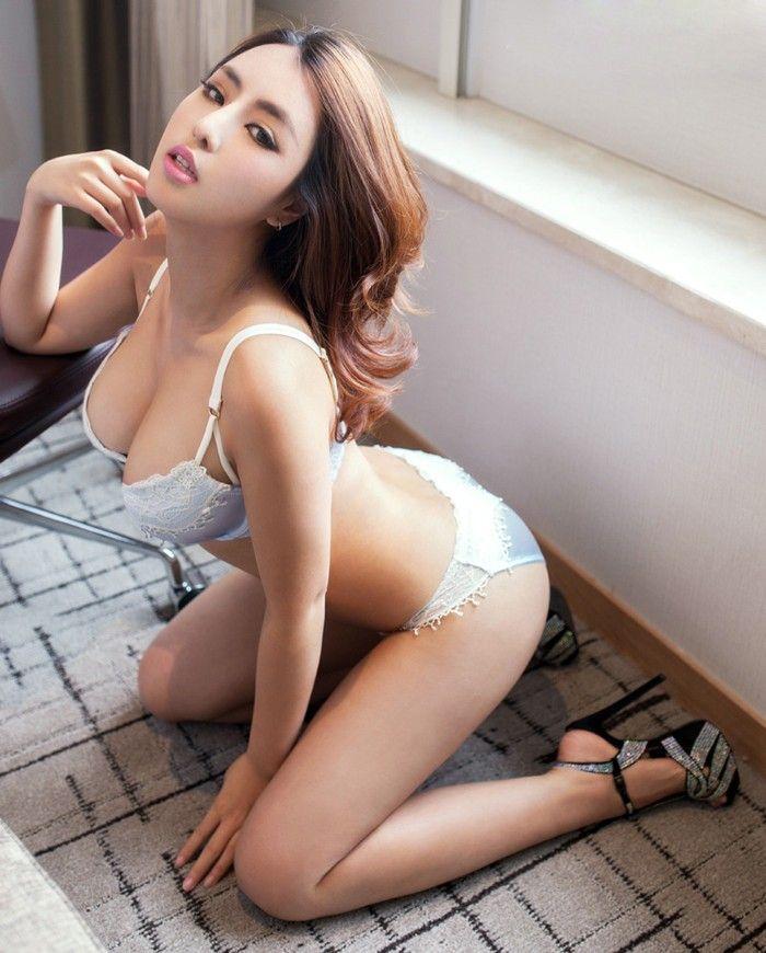 More Hot Asian Women Here 71