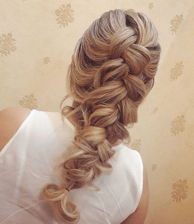 Penteados para sair da mesmice nesse fim de ano - Bele Machado - Blog Moda de Belo Horizonte |Beleza| Bem estar