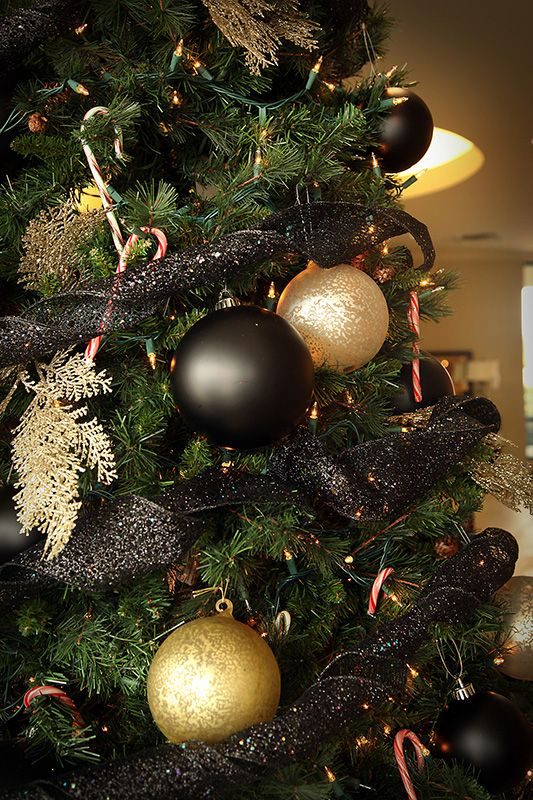 Black And Gold Christmas Tree Decorations By Lucia Gentry Of Star Furniture,  Webster, TX
