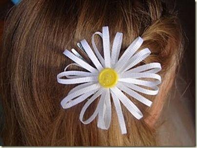 Daisy ribbon & button bow
