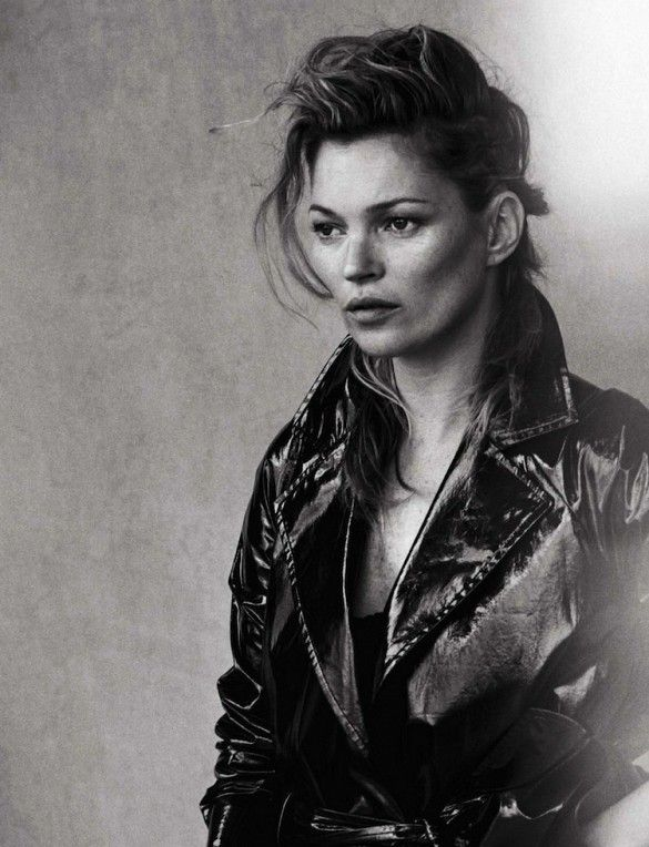Kate Moss looks timeless in this untouched Vogue Italia Spread // Photo by Peter Lindbergh for Vogue Italia