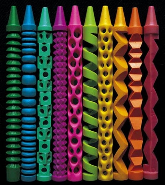 Look at these awesome crayon carvings!!