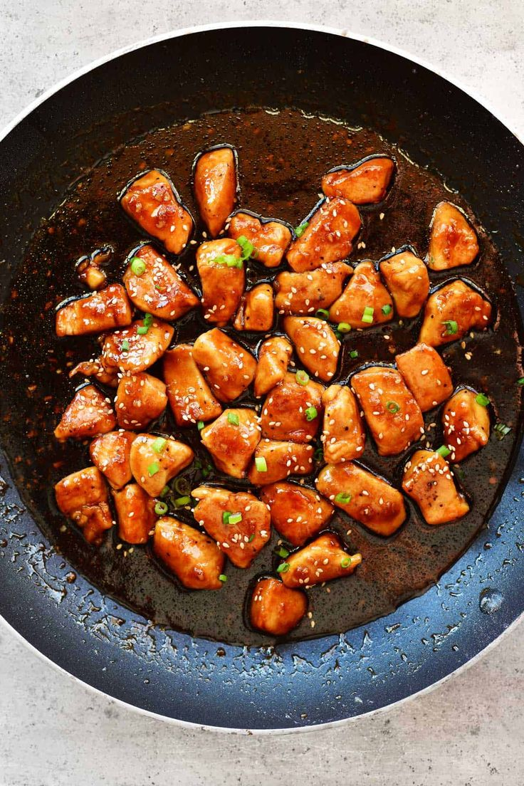 This Honey Garlic Chicken recipe is so easy to prepare and will be a family favorite! Made with chicken breasts and a four ingredient honey garlic sauce. A cut up broccoli, cauliflower, peppers, carrots or peas for honey garlic chicken stir fry. #honeygarlic #chicken #stirfry #onepan