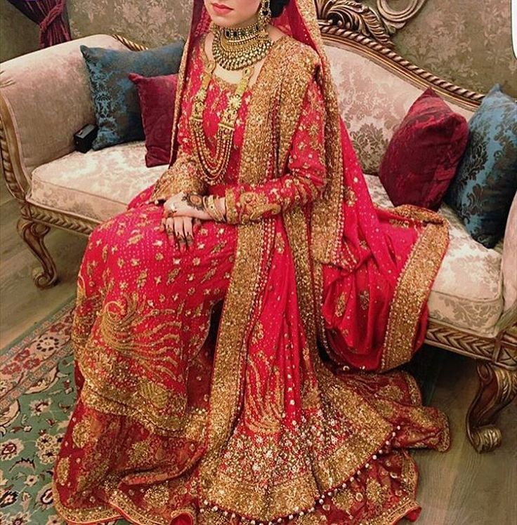 """556 Likes, 4 Comments - The Pakistani Bride (@thepakistanibride) on Instagram: """"In love with @maryamahmedtariq's divine coral bridal! #thepakistanibride  #pakistaniweddings…"""""""
