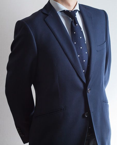 Voted Best Men S Clothing In Los Angeles Bespoke Suits Custom Navy Suit With Polka Dot Tie Jb Clothiers