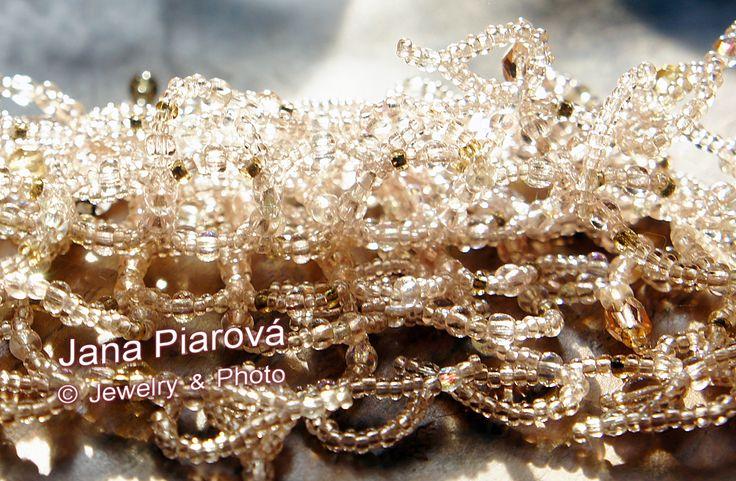 JANA PIAROVÁ ° Šperk, foto * JEWELRY, PHOTO ° České sklo - MATERIAL - CZECH GLASS ° More see on https://www.facebook.com/pages/Jana-Piarov%C3%A1/138211165486?pnref=lhc :-)