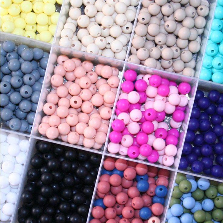 9mm Round Beads: 50pc