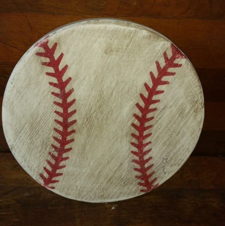 Exterior Vintage Baseball Decor By Making Something Elegant And Stylish From The Baseball Souvenirs That Mark The Game Vintage Baseball Decor For The Bedroom