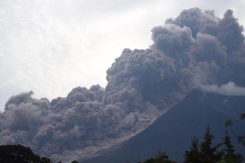 L'Etna dà segni di risveglio: attività stromboliana in area
