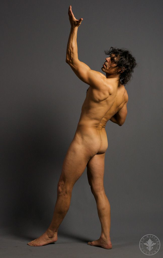 Multiple nude posers