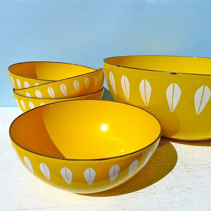 Vintage Cathrineholm Yellow Lotus Salad Bowl Set