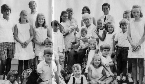 CHRIS LAWFORD; SYDNEY LAWFORD; CAROLINE KENNEDY; JOE KENNEDY II; MARK SHRIVER…
