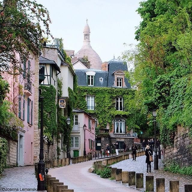 A World of Color: Paris' Montmartre in Green.