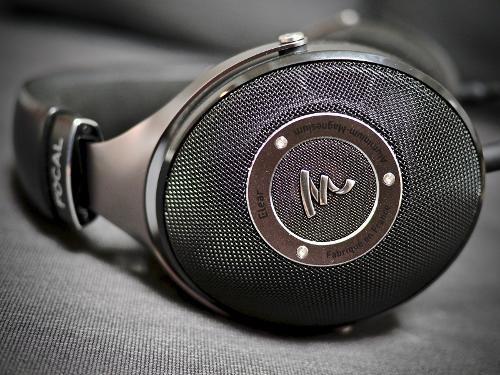 Les 25 meilleures id es de la cat gorie audiophile sur for Le meuble headsets