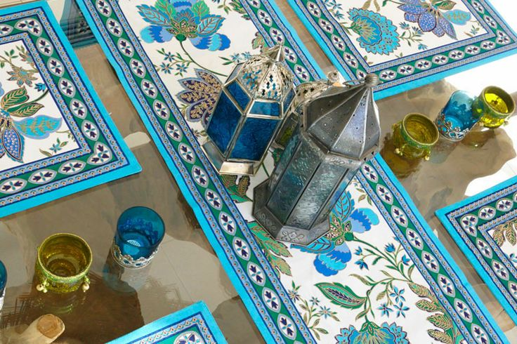 Available from: http://thechicnest.com.au/14-blue-turquoise-homewares
