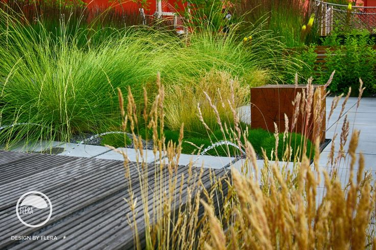 #landscape #architecture #garden #rooftop #meadow #resting #place #water #feature