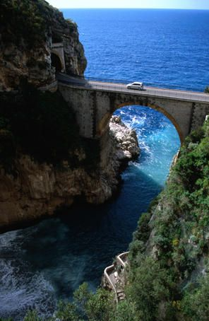 An insider's guide to driving in Italy - Lonely Planet