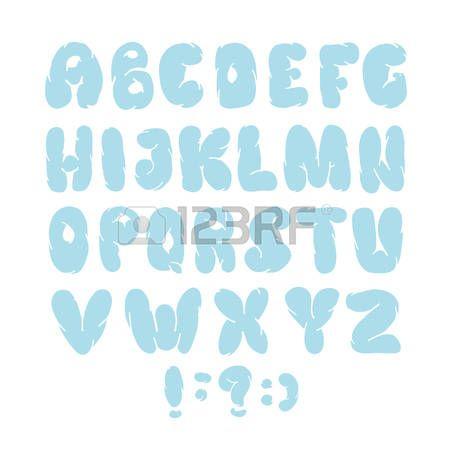 alfabeto nuvole: Alfabeto inglese nuvole. disegnato a mano tipo di vettore come le nuvole isolato su bianco Vettoriali
